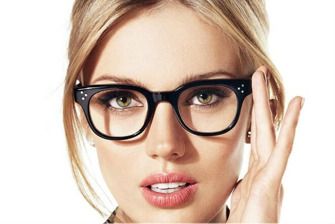 5 Beauty Secrets For Women With Glasses